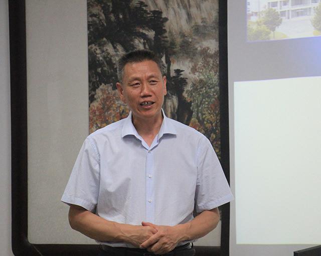 国家阻燃材料工程技术研究中心阻燃杨荣杰教授致欢迎辞